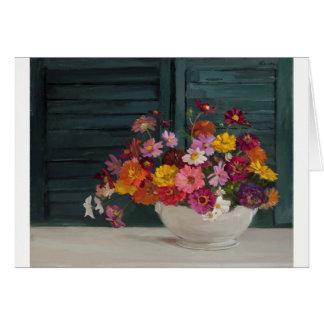 Cartão com um buquê alegre de flores coloridas