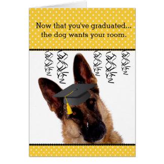 Cartão cómico da graduação com german shepherd