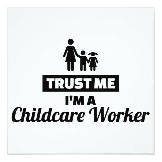 Cartão Confie que eu mim é um trabalhador da puericultura