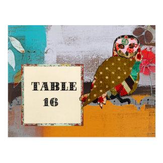 Cartão cor-de-rosa do cartão da mesa da coruja cartões postais