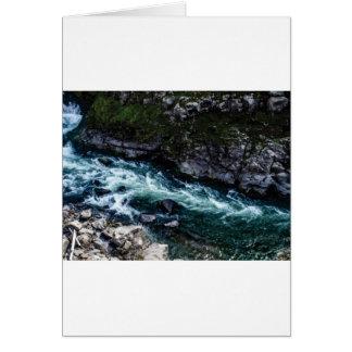 Cartão córrego de águas esmeraldas