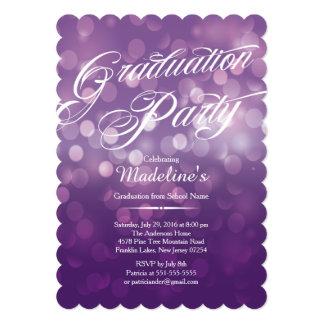 Cartão Corte a festa de formatura roxa de Bokeh Typograph