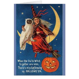 Cartão Coruja & bruxa do Dia das Bruxas do vintage,