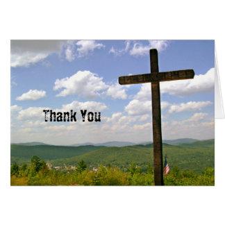 Cartão Cruz cénico em uma apreciação do pastor do monte