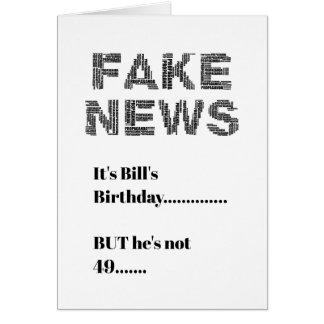 Cartão Cumprimento do aniversário da NOTÍCIA FALSIFICADA