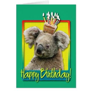 Cartão Cupcake do aniversário - Koala