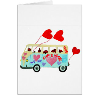Cartão Cupido do Dachshund em seu móbil do amor dos