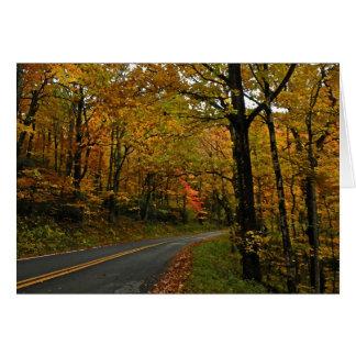 Cartão da acção de graças do folhagem de outono