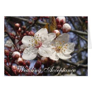 Cartão da aceitação do casamento da flor de