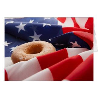 Cartão da bandeira americana & da rosquinha