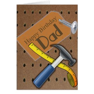 Cartão da ferramenta do pai do feliz aniversario