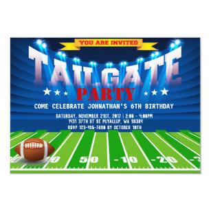 Cartão da festa de aniversário do futebol dos df48419ef5f74