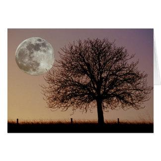 Cartão da lua e da árvore