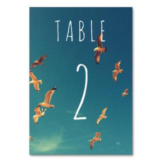 Cartão da mesa do casamento do beira-mar com