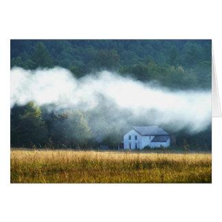 Cartão da névoa da angra de Cades