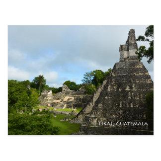 Cartão da opinião do templo do Maya de Tikal