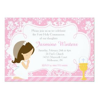 Cartão Damasco do comunhão da menina triguenha primeiro