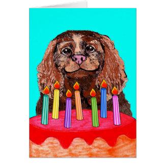 Cartão de aniversário bonito do Spaniel