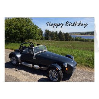 Cartão de aniversário com carro de esportes