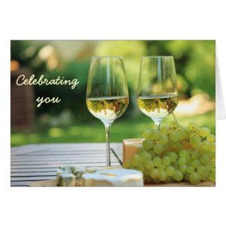 Cartão de aniversário da celebração de Chardonnay