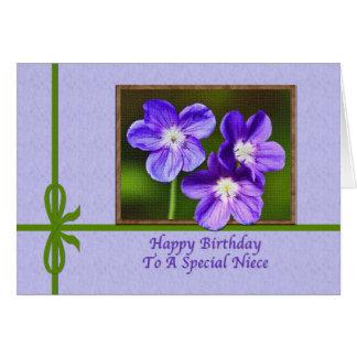 Cartão de aniversário da sobrinha com violas roxas