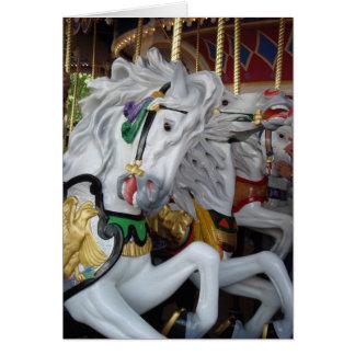 Cartão de aniversário do cavalo do carrossel