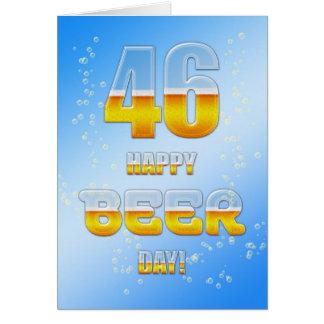 Cartão de aniversário do dia feliz da cerveja 46th