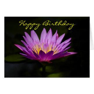 Cartão de aniversário do lírio de água