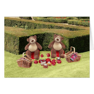 Cartão de aniversário do piquenique dos ursos de