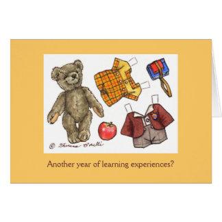 cartão de aniversário do ursinho da escola