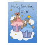 Cartão de aniversário dos gêmeos primeiro - dois u