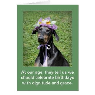 Cartão de aniversário engraçado do cão