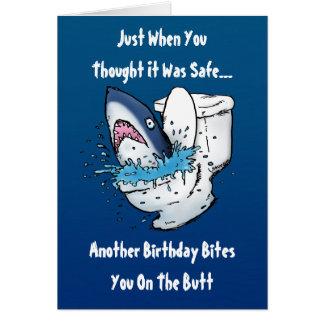 Cartão de aniversário engraçado do tubarão do