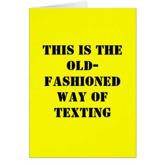 Cartão de aniversário engraçado - Texting