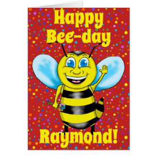 Cartão de aniversário feliz da abelha