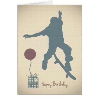 Cartão de aniversário Skateboarding do menino