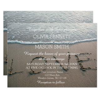 Cartão de casamento tropical do amor da praia do
