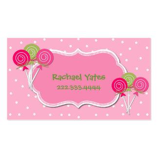 Cartão de data cor-de-rosa e verde do jogo de cartão de visita