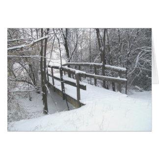 Cartão de Natal coberto de neve da ponte do