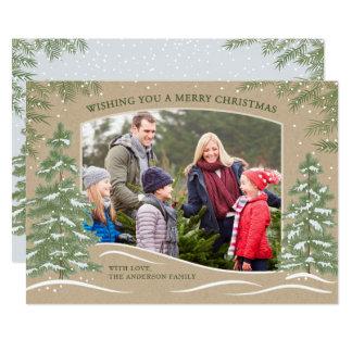 Cartão de Natal Kraft da queda de neve da floresta