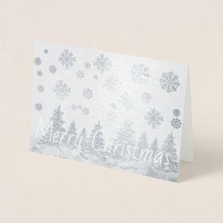 Cartão de Natal nevado da folha da floresta