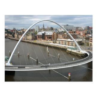 Cartão de Newcastle Inglaterra da ponte do milênio