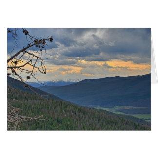 Cartão de nota da paisagem de Mountian
