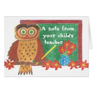 Cartão de nota do professor da coruja