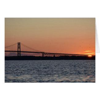 Cartão de nota do vazio do por do sol da ponte