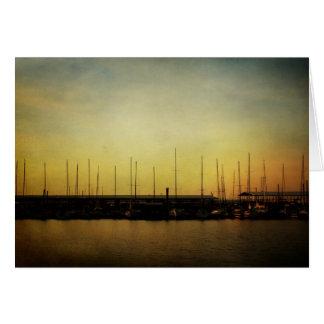 Cartão de nota dos veleiros e do nascer do sol