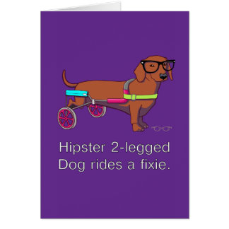 Cartão de nota equipado com pernas do cão do