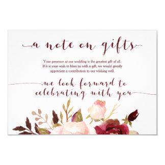 Cartão de presentes floral do casamento de