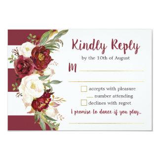 Cartão de resposta floral listrado do casamento de