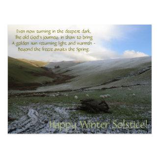 Cartão de Soltice do inverno das montanhas de